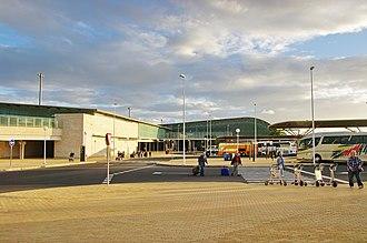 Fuerteventura Airport - Image: ES fuerte flugh bus