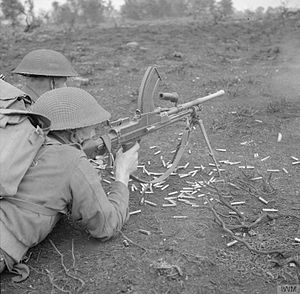 76th Infantry Division (United Kingdom) - A Bren Gun team train at Eastern Command's Battle School, 1942.
