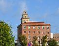 Edifici amb torre al port de València.JPG