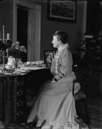 Edith Roosevelt - Brady-Handy.jpg