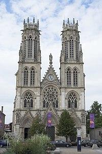 Eglise Saint-Léon Nancy FRA 001.jpg
