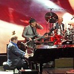 Elton John 4 (15386997298).jpg