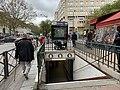 Entrée Station Métro Belleville Paris 1.jpg