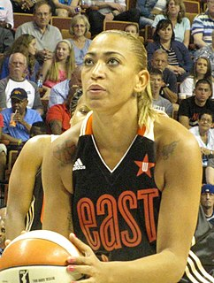 Érika de Souza basketball player