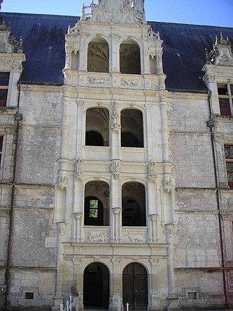 Château d'Azay-le-Rideau - View of the escalier d'honneur from the inner courtyard, Azay-le-Rideau