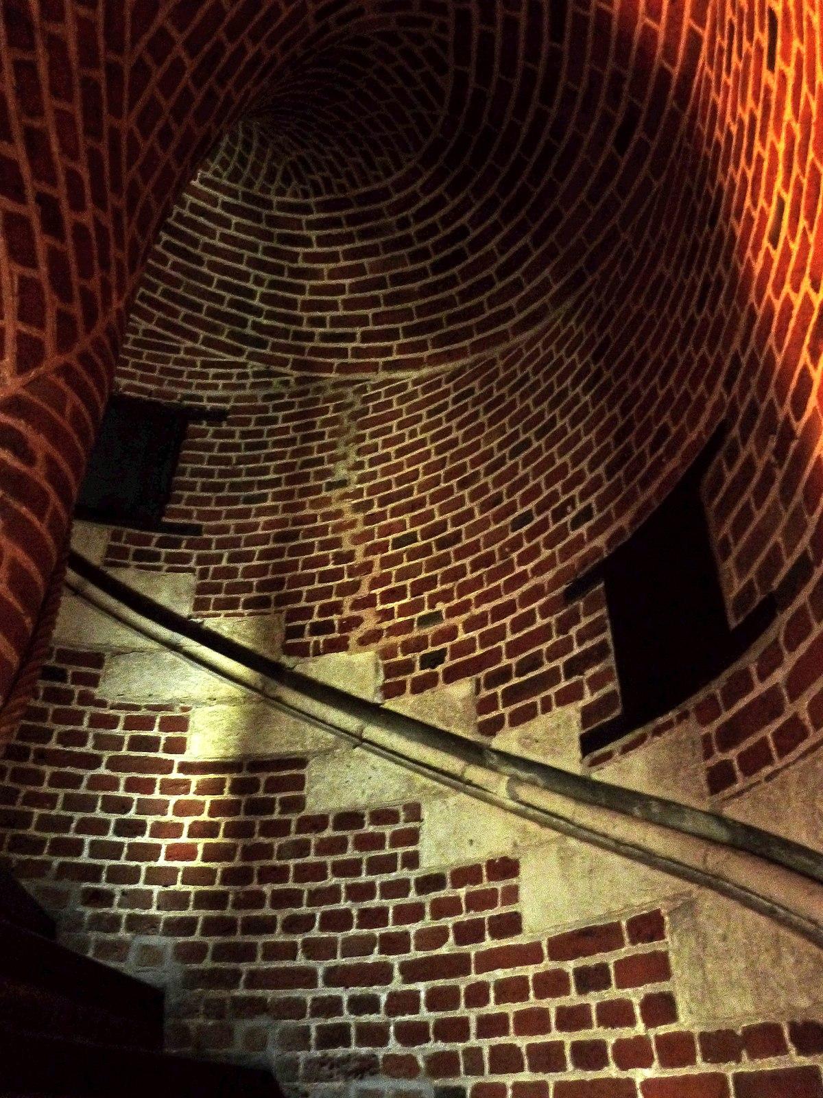 Escalier Dans La Maison fichier:escalier de la maison de tristant l'hermite
