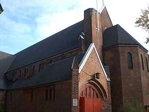 St. Thomas's Anglican Church (Toronto) - Image: Exterior of St Thomas Anglican Church of Canada, Toronto