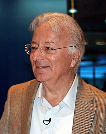 Federico Faggin, the designer of Intel 4004 Federico Faggin (cropped).jpg
