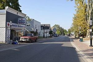 Fenwick, Ontario - Canboro Road in Fenwick
