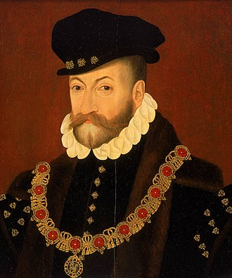 Collar (order) - Edward Fiennes de Clinton, 1st Earl of Lincoln, wearing the Collar of the Order of the Garter (c. 1575).