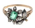 Fingerring av guld med smaragder och briljanter, 1700-tal - Hallwylska museet - 110183.tif