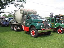 mack trucks wikipedia B Series Mack Dump Truck b model 1953 1966