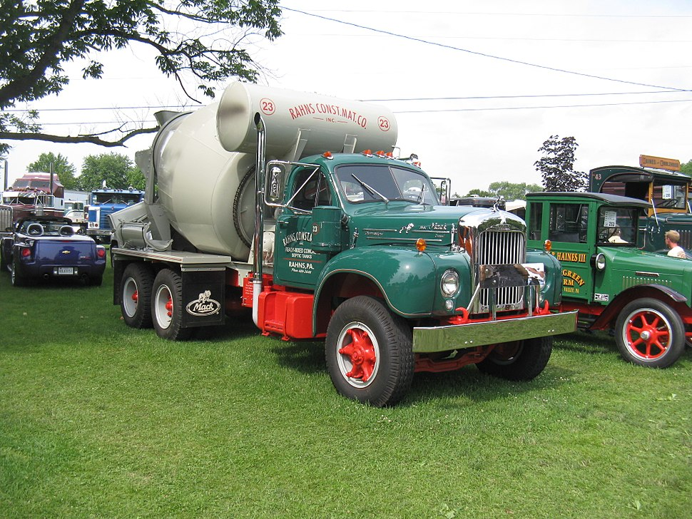 Flickr - jimduell - 6-18-11 MACUNGIE ATCA TRUCK SHOW (3)