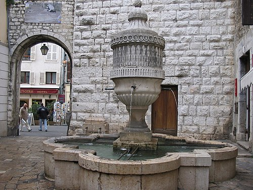 Photo - Fontaine publique