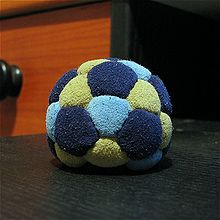 Footbag-32-panels.jpg