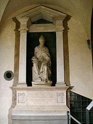 Francesco_da_Sangallo,_monumento_al_Vescovo_Paolo_Giovio_(1560)_2.JPG