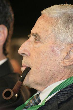 Italiano: Franco Marini e la sua pipa