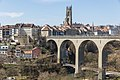 Fribourg - Pont de Zaehringen et Cathédrale.jpg