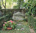 Friedhof Nikolassee - Grab Peter Lorenz.jpg