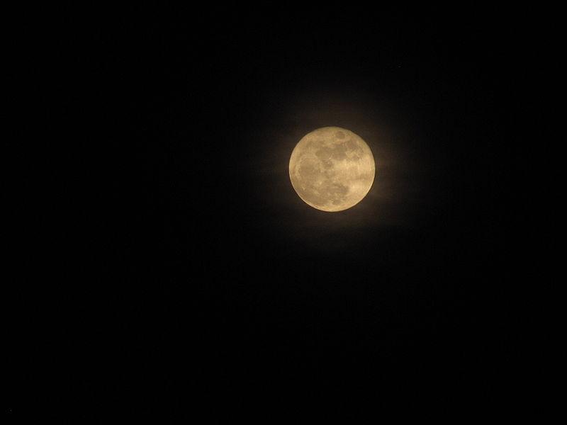 File:Full moon 30 03 2010 İstanbul.jpg