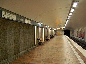 Gärdet metro station - Image: Gärdet subway Stockholm Sweden 2005 08 07