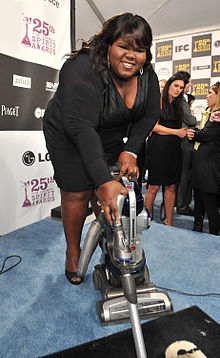 Gabourey Sidibe with the LG Electronics Kompressor Vacuum on 25th Spirit Awards Blue Carpet held at Nokia Theatre L.A. Live on March 5, 2010 in LA.jpg