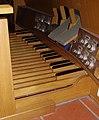 Gedaechtniskirche Speyer Orgelpedal (cropped).jpg