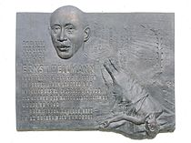 Gedenktafel Brachvogelstr 5 (Kreuzb) Ernst Heilmann.JPG