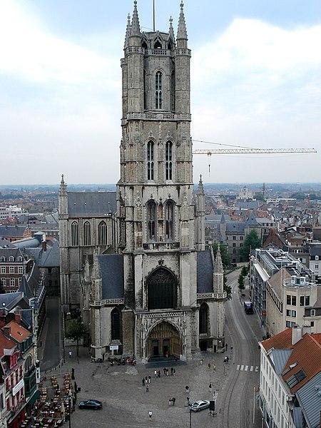 http://upload.wikimedia.org/wikipedia/commons/thumb/f/fc/Gent_Sint-Baafskathedraal.JPG/450px-Gent_Sint-Baafskathedraal.JPG