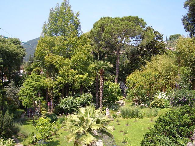 Botanischer Garten Gardone Park Und Zoo In Gardone Riviera Italien