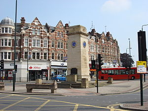 Golders Green - Image: Golders Green clock tower in 2007