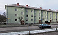 Grönelundsgatan 7, lamellhus m trappning i Kv Vinkelhaken, Falköping 7791.jpg