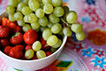Grapes and strawberries (3862381001).jpg