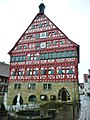 Großbottwarer Rathaus, erbaut im 13. Jh. - panoramio.jpg