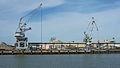 Grues port de Bayonne.jpg
