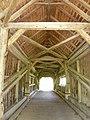 Gschwendmühlbrücke über die Weißach Vbg unweit Aach, Dachkonstruktion und Sprengwerk.jpg
