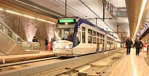 RandstadRail - A RandstadRail tram in The Hague's tram tunnel.