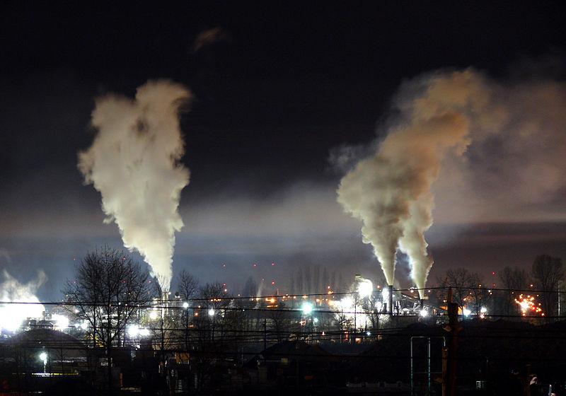 File:Heavy night industrial light pollution.jpg