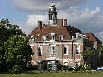 Henrietta Barnett School - Image: Henrietta Barnett School, London NW11
