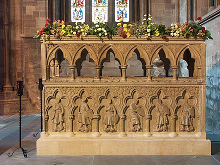 Remnant of tomb of Thomas de Cantilupe, Hereford Cathedral Hereford cathedral 024.JPG