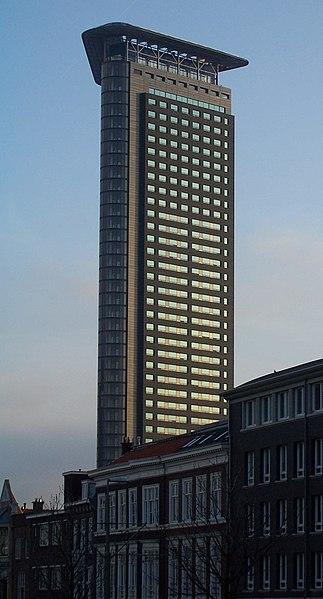 323px-Het_Strijkijzer_The_Hague_cropped.JPG