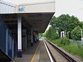 Hinchley Wood stn southbound look north.JPG
