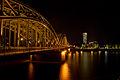 Hohenzollernbrücke bei Nacht 001.jpg