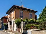 House on Via Giuseppe Carcasolla, Trezzo sull'Adda.jpg