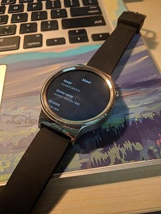Huawei Watch - Huawei Watch runs Wear OS 2.15