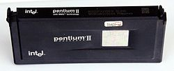 Ic-photo-Intel--80522PX233512--(Pentium-II-MMX-CPU).jpg