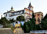 Iglesia de La Merced desde el Museo del Mar.jpg