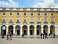 In and Around the Praca do Commercio in the morning (28577505348).jpg