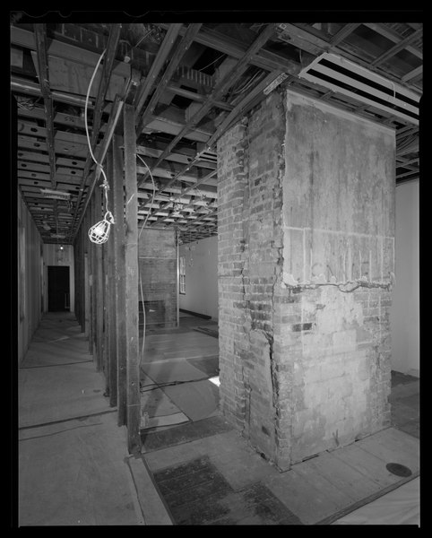 File:Interior view, Slave Quarter-Service Wing, second floor, west end, perspective view looking southeast - Decatur House, National Trust for Historic Preservation, 748 Jackson Place HABS DC,WASH,28-76.tif