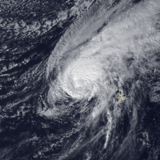 Hurricane Iwa Category 1 Pacific hurricane in 1982
